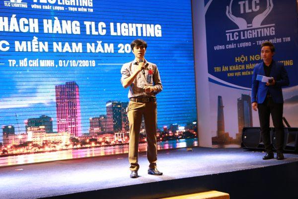 hoi-nghị-khach-hàng-tlc-lighting3