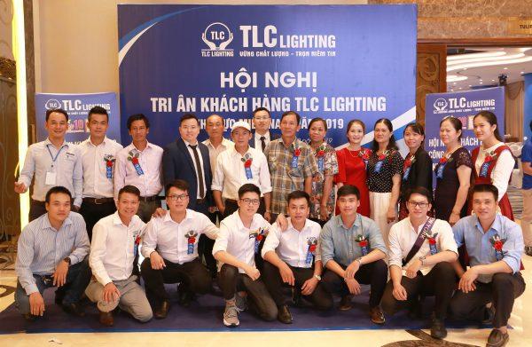 hoi-nghi-khach-hang-2019-tlc-lighting45
