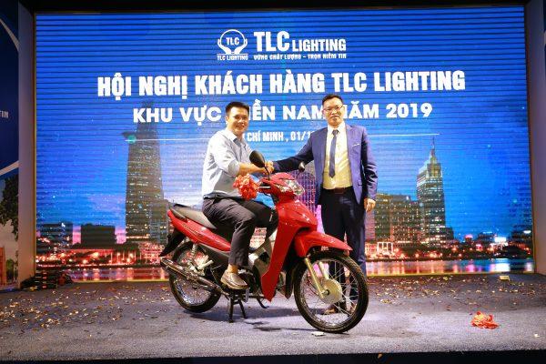 hoi-nghi-khach-hang-tlc-lighting-2019-11